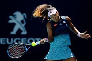 Tay vợt số một thế giới Naomi Osaka tiếp tục chuỗi trận thất vọng