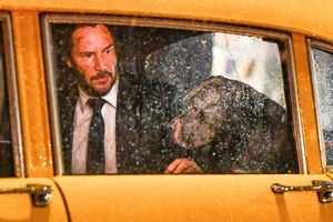 Nhà sản xuất tung trailer cảm xúc của sát thủ John Wick và cún cưng