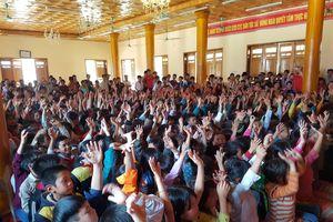 Hàng nghìn khán giả vùng cao được xem múa rối