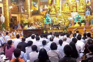 'Thỉnh vong' và 'oan gia trái chủ' ở chùa Ba Vàng không đăng ký hoạt động tôn giáo