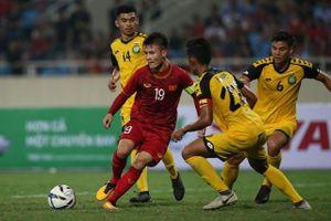 U23 Việt Nam thiếu tiền vệ 'chia bài' khu vực giữa sân