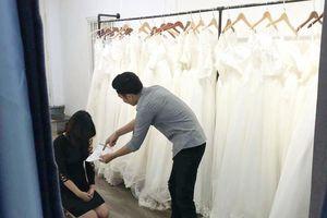 Nóng trên mạng xã hội: Chia tay ngay ngày chụp ảnh cưới vì người yêu không trinh trắng