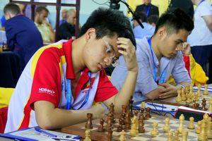 Lê Quang Liêm, Nguyễn Anh Khôi tiếp mạch thắng tại UAE