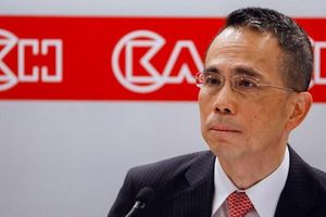 Chuyển giao quyền lực tại gia đình giàu có nhất Hồng Kông: 'Hổ phụ' có sinh 'hổ tử'?