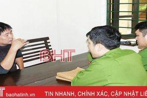 Hà Tĩnh khởi tố vợ chồng xe buýt 'nhái' hành hung hành khách