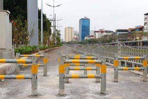 Barie chặn lối đi bộ ở Thủ đô, ý thức người dân và cách mạng 4.0