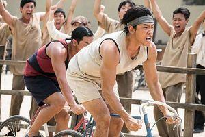 'Ông hoàng đường đua: Um Bok Dong' - Người anh hùng khơi dậy lòng yêu nước từ sự chiến thắng