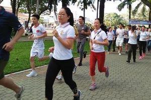 Công an Cửa khẩu Tân Sơn Nhất hưởng ứng ngày chạy vì sức khỏe cộng đồng
