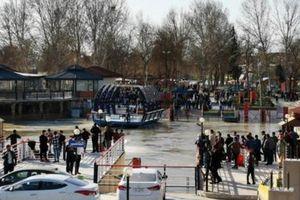 Vụ chìm phà tại Iraq: 1 Thống đốc bị đề nghị cách chức
