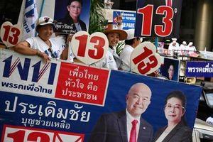 Bầu cử Thái Lan: Đảng thân quân đội có cơ hội vượt Pheu Thai