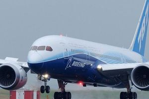 Thêm máy bay Boeing phải hạ cánh khẩn vì sự cố