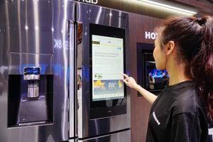 Tủ lạnh Family Hub - Wi-Fi, màn hình 21 inch để lướt web