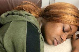 Nữ sinh mắc bệnh 'người đẹp ngủ' không đến lớp do ngủ 22 tiếng/ngày