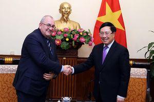 Phó Thủ tướng Phạm Bình Minh tiếp Đại sứ Vương quốc Bỉ