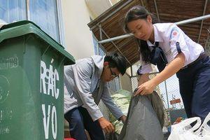 Nói không với rác thải nhựa tại Trường THPT chuyên Lý Tự Trọng (Cần Thơ)