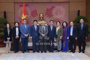 Chủ nhiệm Ủy ban vh, gd, tn, tn & nđ Phan Thanh bình tiếp Đoàn nghị sĩ Hàn Quốc