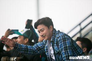 HLV Park Hang Seo bất ngờ hội ngộ cựu sao Hàn Quốc ở sân tập U23 Việt Nam
