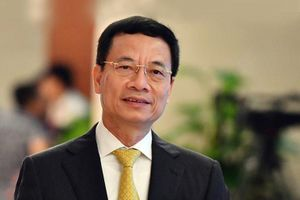 Bộ trưởng Nguyễn Mạnh Hùng: 'Người trẻ hãy nhận việc khó để làm'