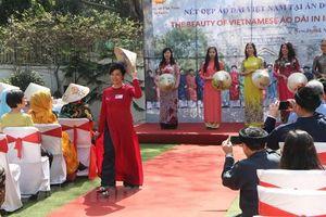 Quảng bá áo dài Việt Nam với bạn bè ASEAN và Ấn Độ