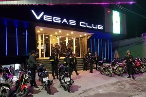 Xử phạt gần 200 triệu đồng vụ 100 người dương tính với ma túy trong quán bar Vegas