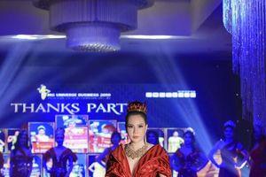 Hoa hậu Lê Đỗ Minh Thảo rạng rỡ với váy dạ hội lộng lẫy