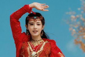 'Đông cung': Luôn yêu thích trang phục màu đỏ, tại sao khi tự sát Tiểu Phong lại mặc đồ màu trắng?