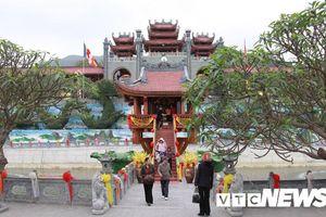 Sáng nay, TP Uông Bí họp báo thông tin vụ chùa Ba Vàng truyền bá vong báo oán