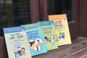 4 cuốn sách cực bổ ích cho bố mẹ nuôi dạy con tự kỷ