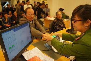 Ngổn ngang đề án đơn giản hóa giấy tờ công dân