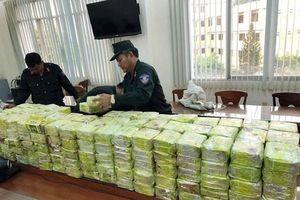Khởi tố vụ vận chuyển gần 600kg ma túy xuyên quốc gia