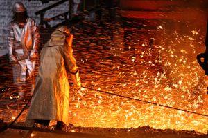 Giá quặng sắt bật tăng cao do lo ngại thiếu hụt nguồn cung toàn cầu
