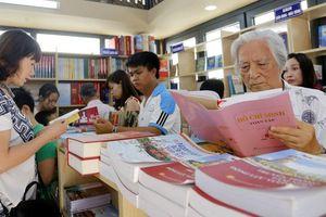 Dự án Luật Thư viện: Kỳ vọng thúc đẩy văn hóa đọc