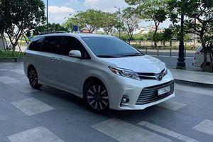 Toyota Sienna đã qua sử dụng giá 4,3 tỷ ở Sài Gòn