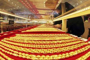 Giá vàng hôm nay 28/3: Vàng tiếp tục lao dốc