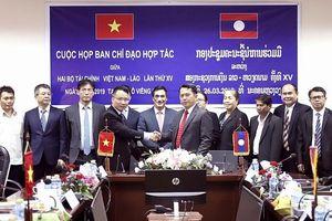 Tăng cường hợp tác tài chính giữa Việt Nam - Lào