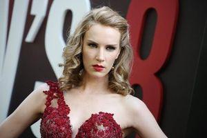 Scandal 'gạ tình đổi vai' với nữ diễn viên trẻ khiến ông chủ hãng Warner Bros từ chức