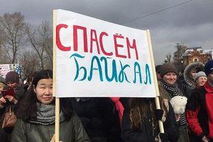 Người Nga rầm rộ biểu tình phản đối công ty Trung Quốc, bảo vệ hồ Baikal