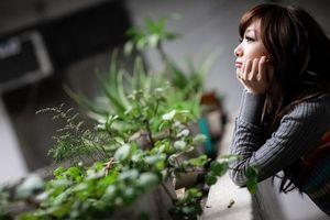 Phụ nữ hãy cứ mạnh dạn độc thân còn hơn khóc lóc, tiếc hận trong một mối tình vội vàng