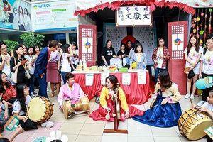 Đông phương học - ngành 'đi xuyên' các nền văn hóa