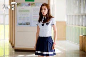 Chênh lệch 20 tuổi, Park Hyuk Kwon công khai hẹn hò với sao 'School 2015', K-net chỉ trích dữ dội