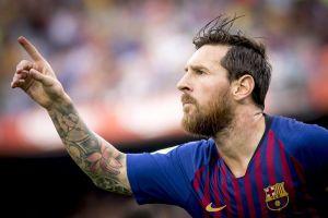Messi tỏa sáng giúp Barca đánh bại Espanyol 2-0