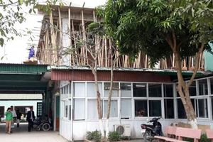 Nghệ An: Trên công trường xây dựng, dưới khám chữa bệnh
