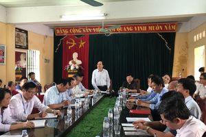 Xem xét quy trình cách chức Ban giám hiệu Trường THCS Phù Ủng