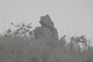 Câu chuyện huyền bí về chiếc chum vàng hóa đá ở Thanh Hóa