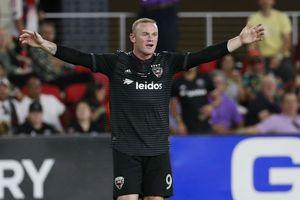 Rooney ghi siêu phẩm ở Mỹ