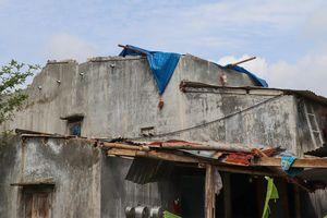 Lốc xoáy làm hỏng 20 căn nhà, thiệt hại hàng nghìn ha nông sản