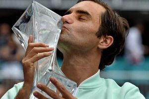 Federer và lời thách thức từ danh hiệu thứ 101