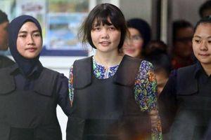 Đoàn Thị Hương hạnh phúc khi được hủy cáo trạng giết người