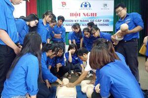 Thanh niên xung kích ứng cứu nhanh TNGT