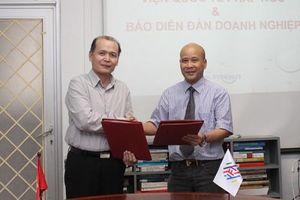 Báo Diễn đàn Doanh nghiệp ký thỏa thuận hợp tác cùng Viện Quốc tế Pháp ngữ